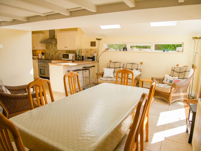 Pixies Cottage Kitchen & Dining Area