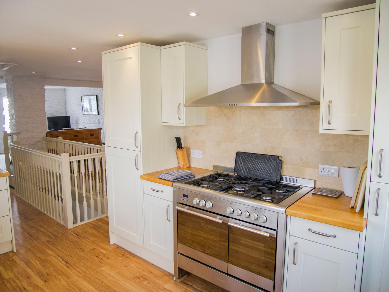 Sunbeam Cottage Kitchen