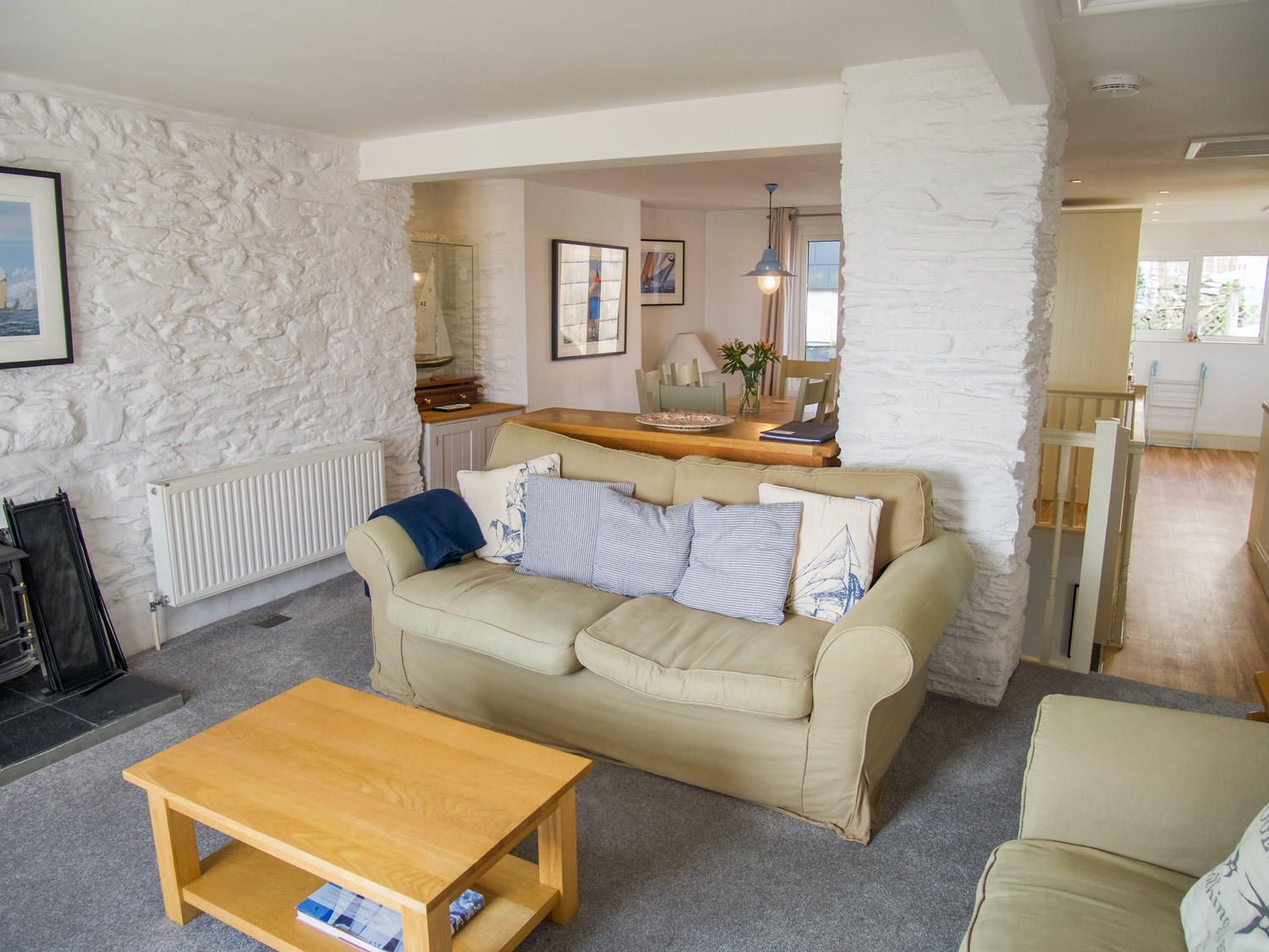 Sunbeam Cottage Open Planned Living Room, Dining Area & Kitchen