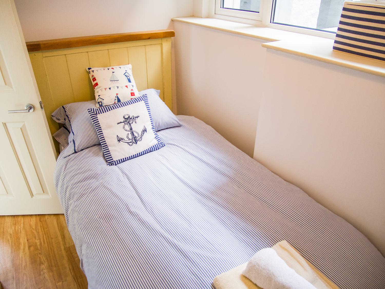 Sunbeam Cottage Single Bedroom