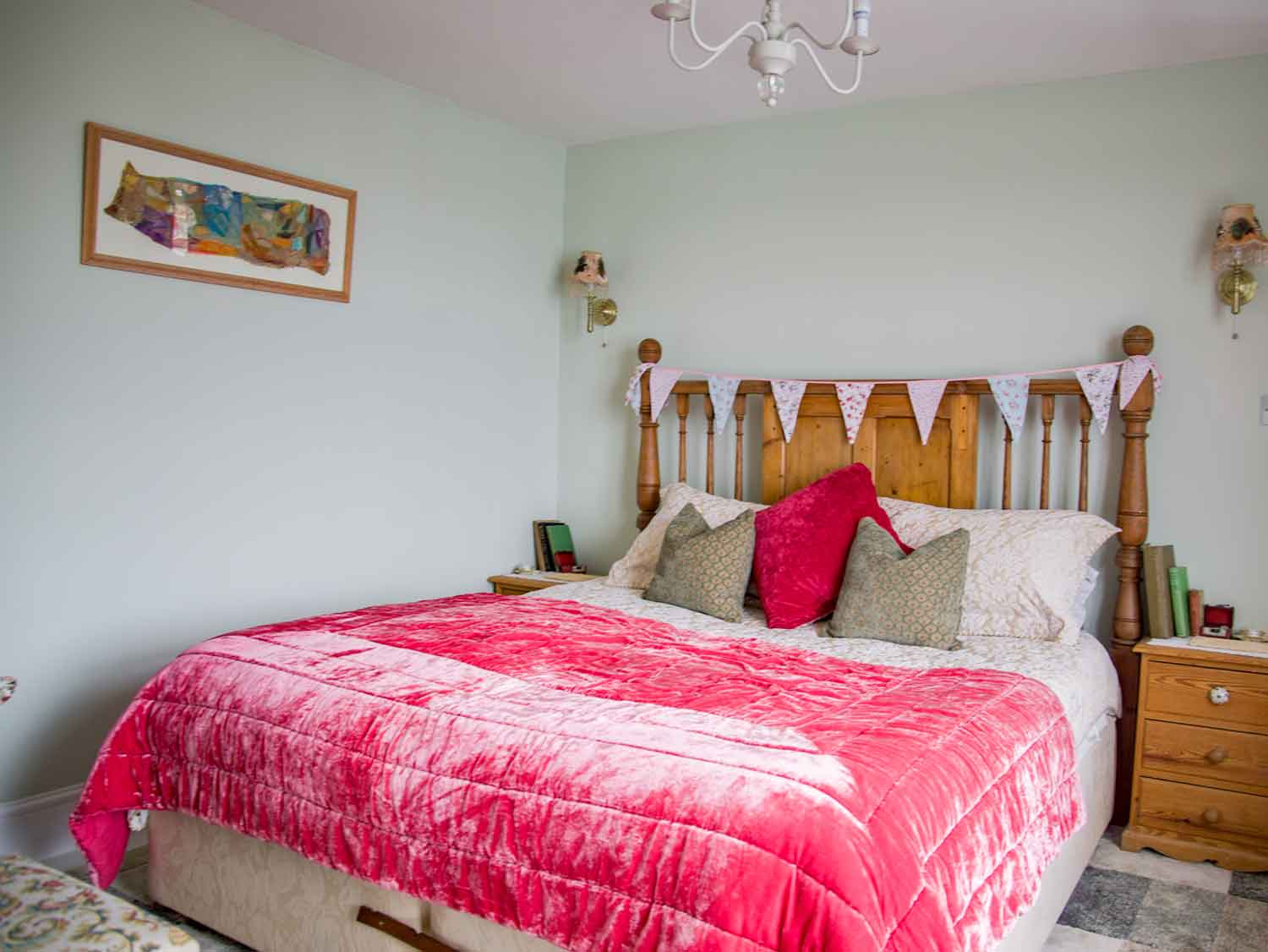 Zawn Haven Westerly Room