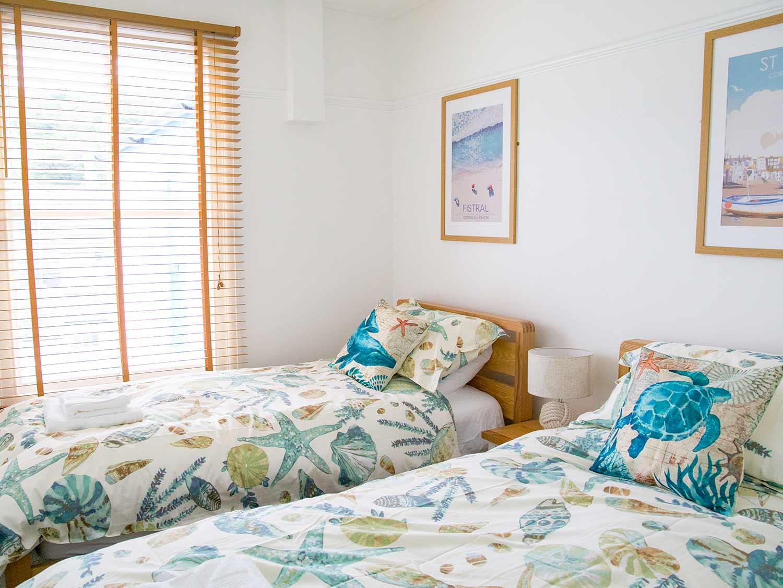 Slipway Cottage Twin Bedroom